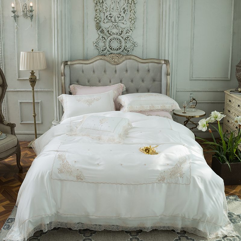 2018 Summer 4pcs King Size blue pink tencel Bedding Set embroidery lace Duvet Cover Sets Pillowcases Pillow Covers