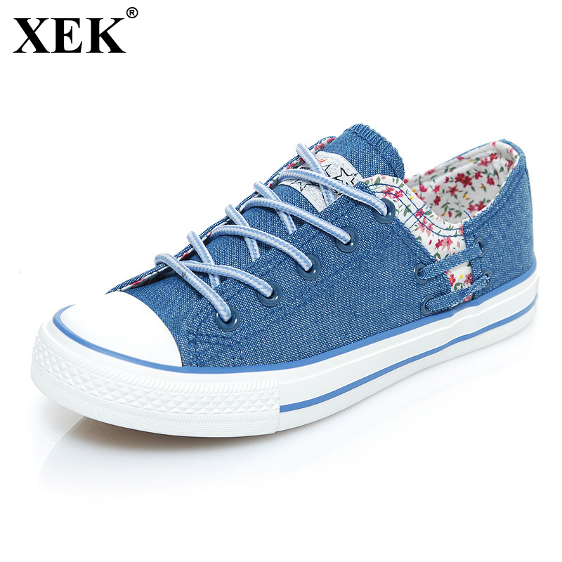 XEK 2018 Female Shoes Flats Women Casual Shoes Canvas Flats Fashion Lace Up Floral Prints Ladies Blue Shoes Woman Sneakers JH215 instantarts casual teen girls flats shoes appaloosa horse flower pattern women lace up sneakers fashion comfort mesh flat shoes