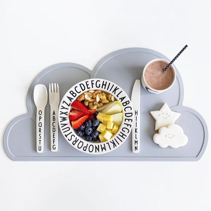 Nordic Style Children's Tableware Clouds Shaped Silicone Placemat Dinnerware Washable And Portable Mat Creative Pads NBB0322
