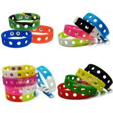 Bracelet Shoe-Charms Rainbow Kids Wholesale Cartoon 200pcs Fit PVC 18CM Wristbands Gifts