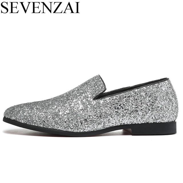 44a90cc1a Sapatos de grife homens de ouro de prata cravado mocassins masculinos  strass apartamentos sapatos mocassins cravejado