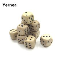 Yerner 6Pcs 12mm Drinking Wooden Dice Rounded Corner Woodiness Point Dice Natural Wood Material Children Teaching Dice Wholesale truth or dare drinking dice