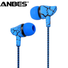 Sport Earphone 3.5mm Wired Headset Super Bass Crack Earphone Earbud with Microphone Hands Free Headphone for Samsung MP3 MP4