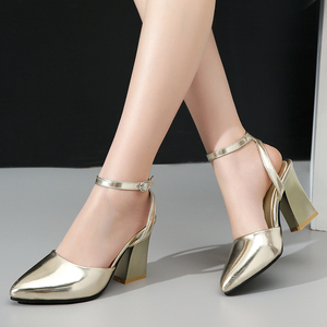 Image 5 - 2020 nowych kobiet pompy grube obcasy panie wesele buty złote srebrne buty letnia klamra kostki pasek obuwie rozmiar 34 43 f532