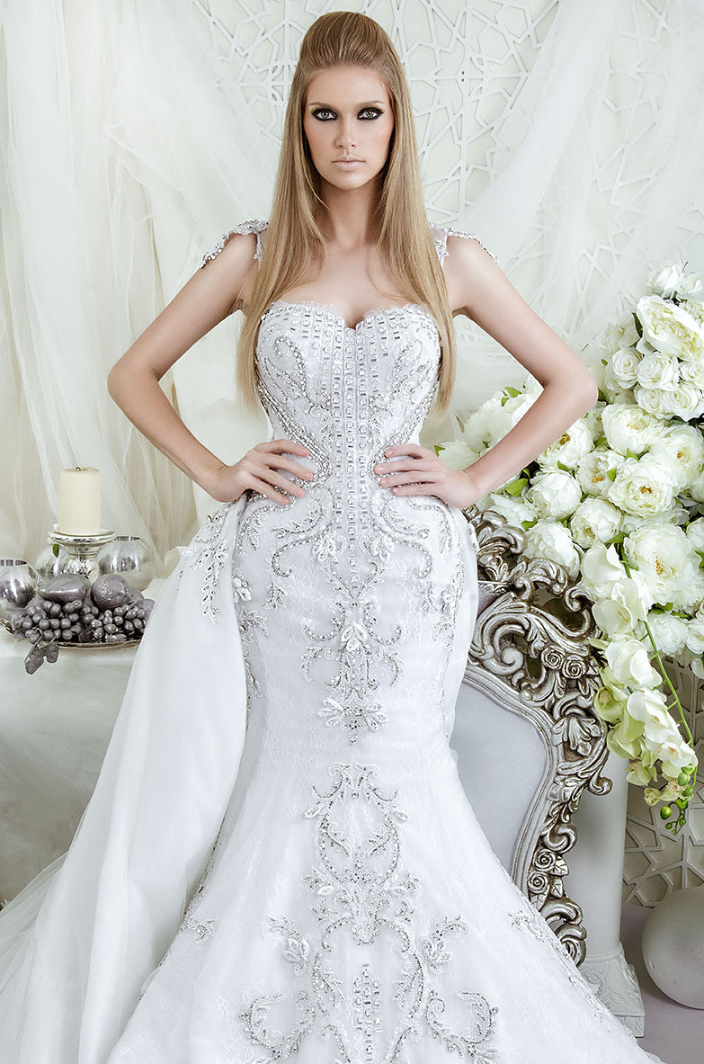 Buy latest boho rhinestone wedding dress for Crystal design wedding dresses price