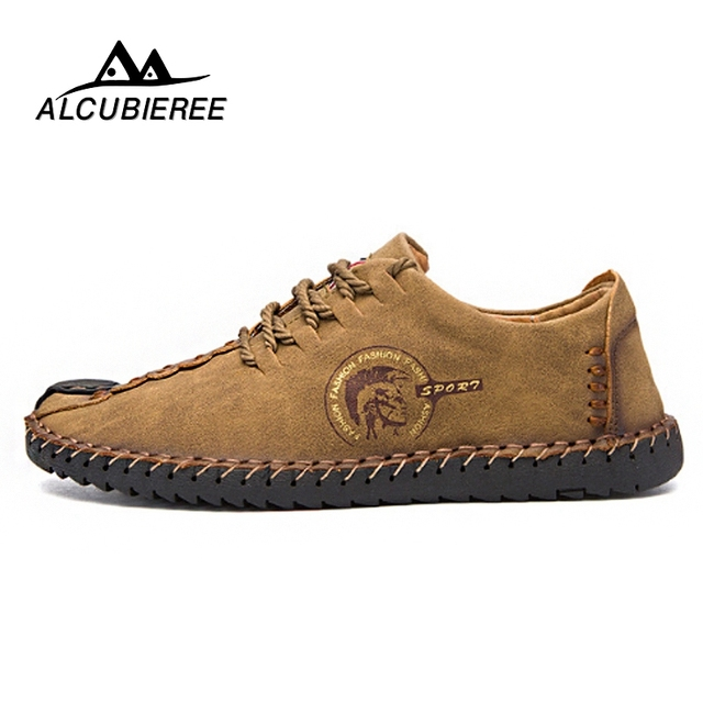 Tamaño grande 2018 marca moda hombres cómodos zapatos cordones sólidos zapatos de cuero para hombres Causal zapatos masculinos Barco de la venta caliente mocasines