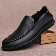 British Style Men's Genuine Leather Shoes Soft Bottom Casual Driving Loafer Men's Shoes Breathable Mocassin Homme Slip-On Shoes heinrich new style design flat men luxury loafer shoes casual breathable slip on driving shoes chaussure de securite pour homme