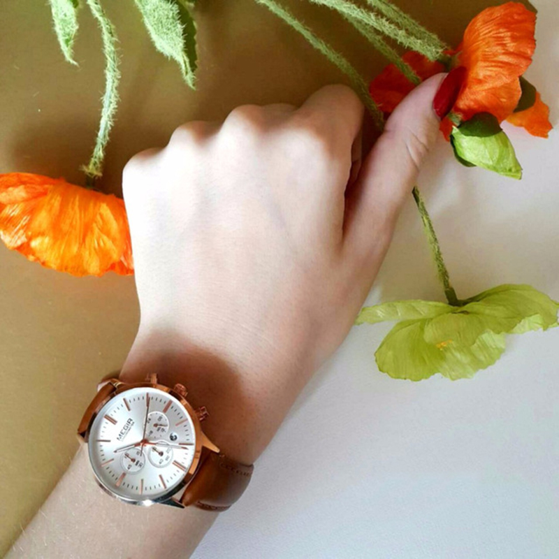 Image 3 - MEGIR Luxury Quartz Women Watches Brand Fashion Sport Ladies Lovers Watch Clock Relogio Feminino for Female Wristwatches 2011-in Women's Watches from Watches