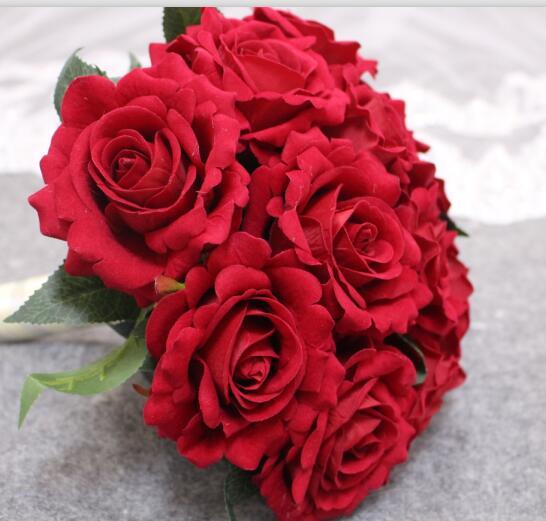 2019 Verkliga bilder Konstgjorda Röda Rose Bröllopbuketter Vackra - Bröllopstillbehör - Foto 6