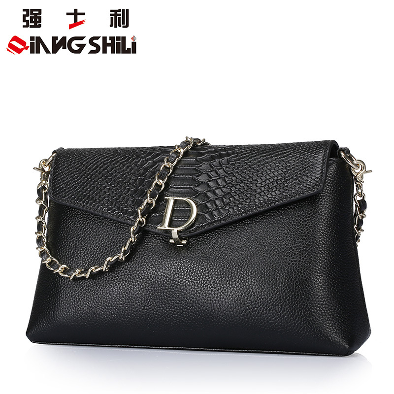 ФОТО 29x17CM Leather handbags 2016 spring and summer new European style serpentine cow leather shoulder bag multifunction Messe A2523