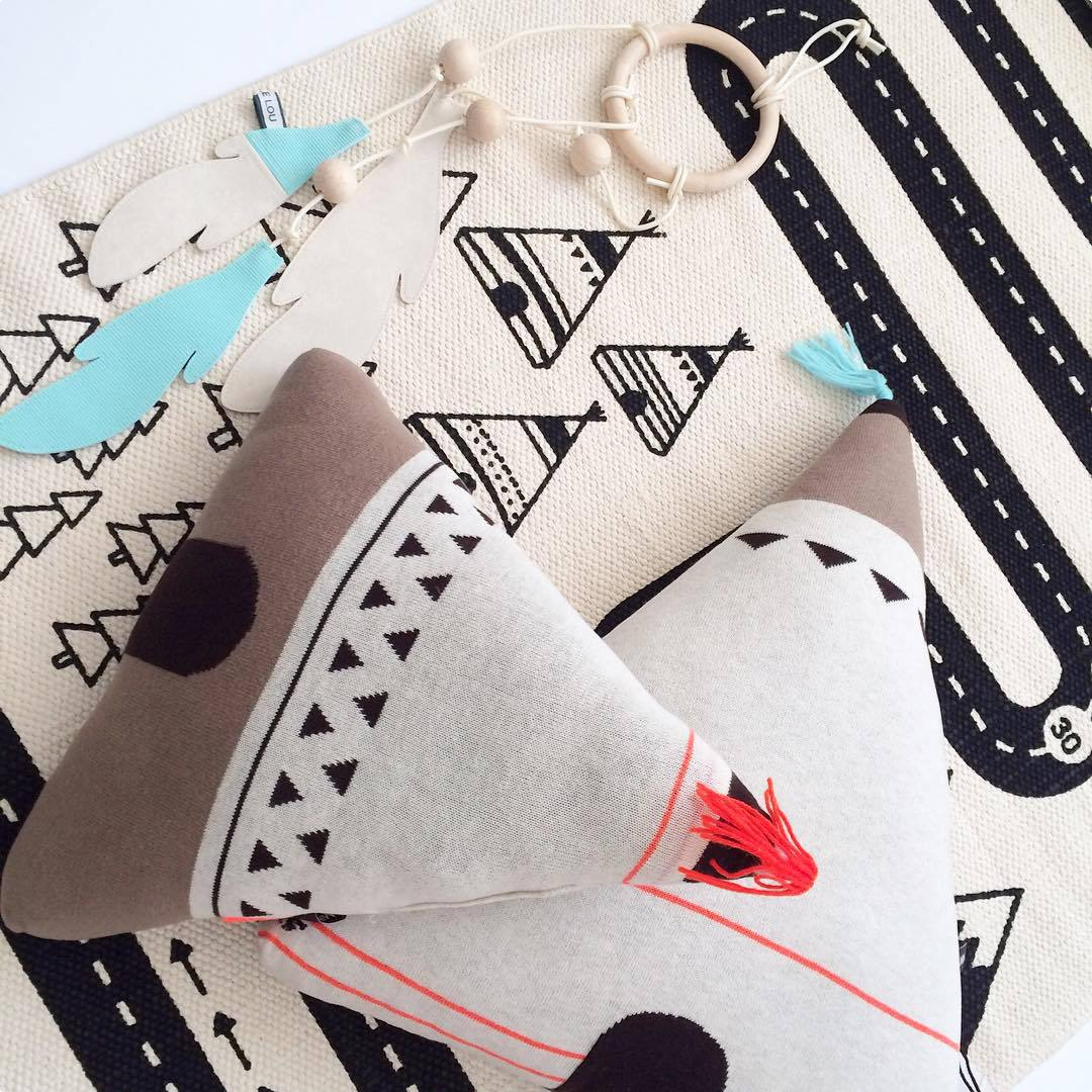 hut design cushion Nordic children room decoration photo props kids knit toys infant travel pillow baby bebe Christmas gift