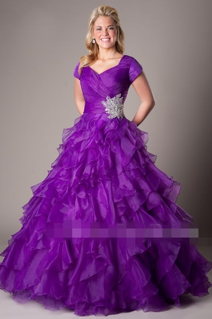 b36cd4619903 Purple Ball Gown Modest Prom Dresses 2019 With Cap Sleeves Corset Pleated  Ruffles Organza Teens Long Formal Party Prom Gowns