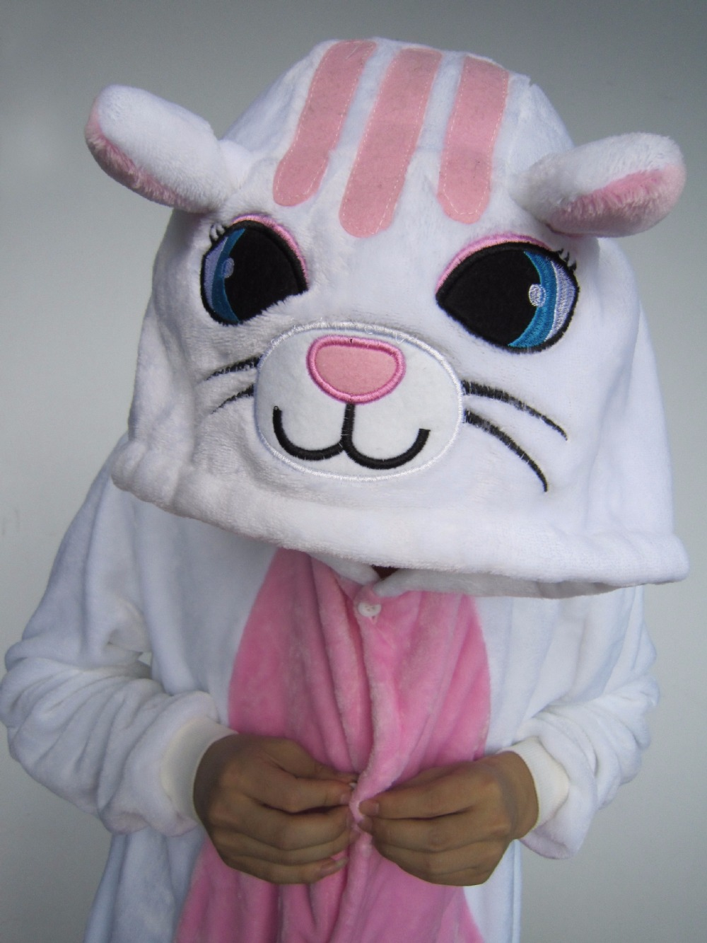 Cartoon animal serial pajamas new white cat big face cat cute casual cartoon home clothes.