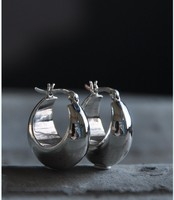 Thailand hypoallergenic S925 silver smooth ear earrings