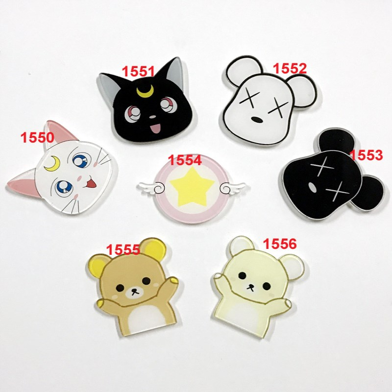 1 PC Cartoon Cat Pin Brooch Acrylic Badges Black And White Moon Cat Badge For Women Men Clothes Decoration Badges