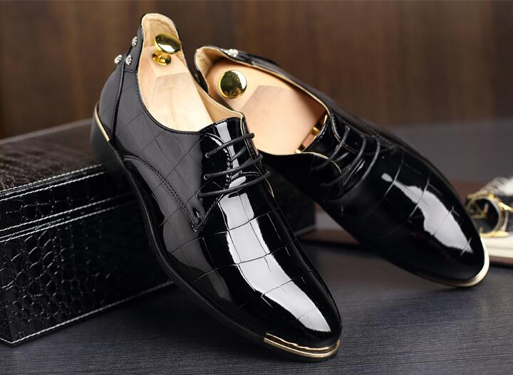 NEW Men shine crocodile grain Leather Shoes Classic Man Casual Brand  Oxfords Male Groom Dress Shoes Sapato Social Masculino S121-in Women s  Flats from Shoes ...