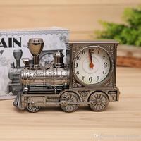 アンティーク列車機関車目覚まし時計テーブル デスク漫画エンジン時計ホーム装飾sw302