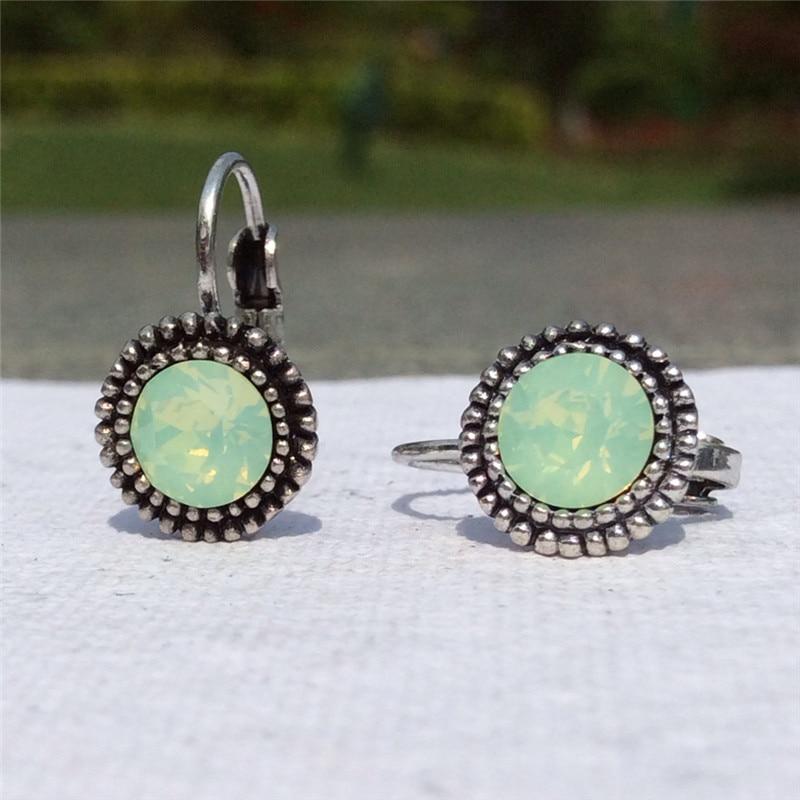 0566c22895eb Aliexpress.com  Comprar 3 color caliente pequeño aros Pendientes para las  mujeres ronda verde rosa claro Piedras plata antigua círculos aros joyería  de la ...