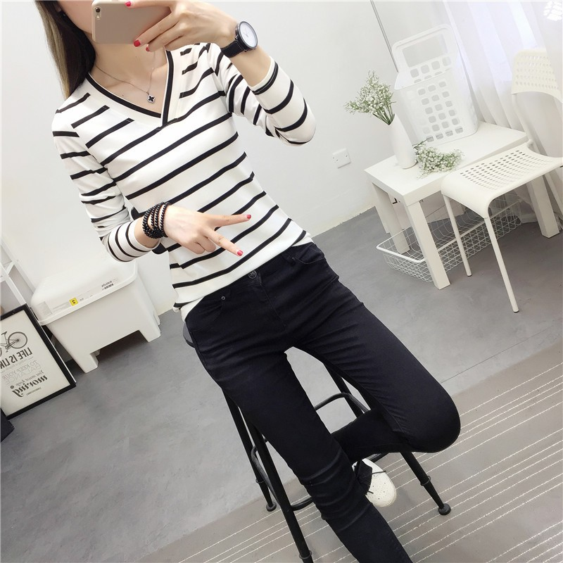 Loose Student Bottom V-Neck Striped T Shirt Full Sleeve Black and White Stripes Women T-Shirt
