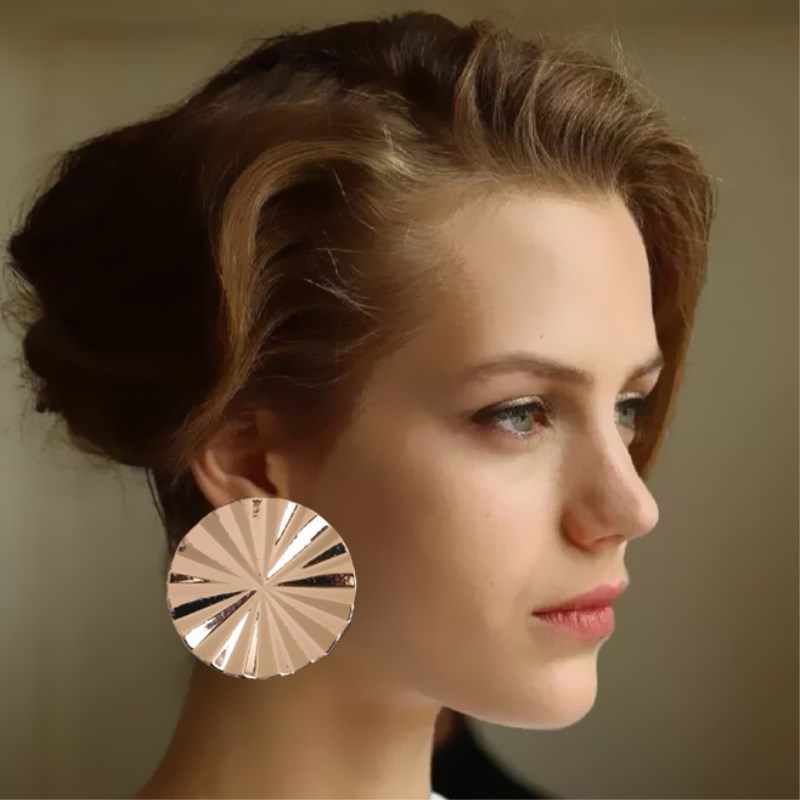 EK400 European & American Brand Personality Gear Metal Round Stud Earrings For Women Statement Jewelry Simple Party Jewelry