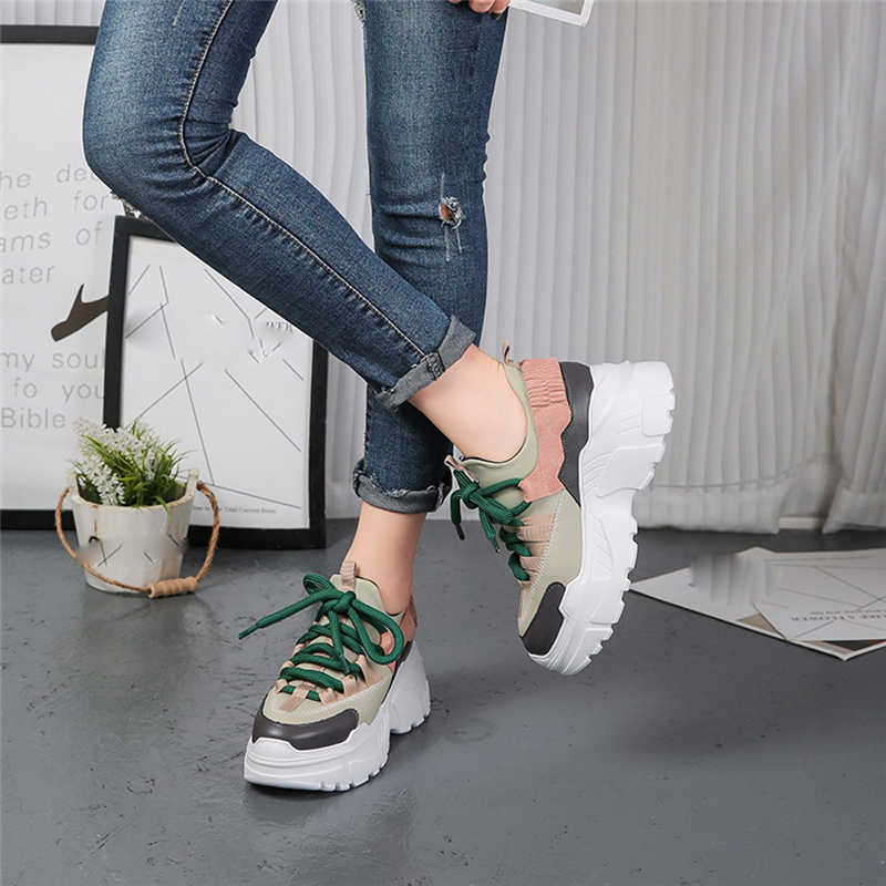 Phụ Nữ Thời Trang mới Giày Sneakers Phụ Nữ Gót Nền Tảng Giản Dị Giày Phụ Nữ Hoang Dã Chắp Vá Màu Đen & Trắng Chữ Giày Feminino