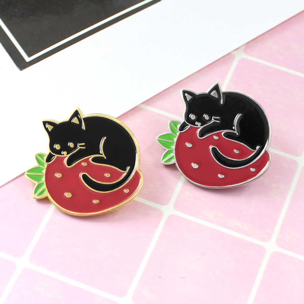 Fashion Wanita Lucu Kartun Bros Sampah Kucing Strawberry Enamel Bros Pin Kerah Lencana Perhiasan Hadiah