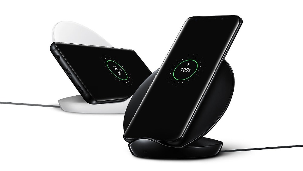 Image 2 - Original Samsung Fast Wireless Charger Qi Quick charge For Galaxy S10 S9 S8 Plus Note 10+ 9/iPhone X XR XS 8/ Smart Pad EP N5100-in Mobile Phone Chargers from Cellphones & Telecommunications