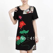 Женское короткое платье с цветочной вышивкой черное винтажное