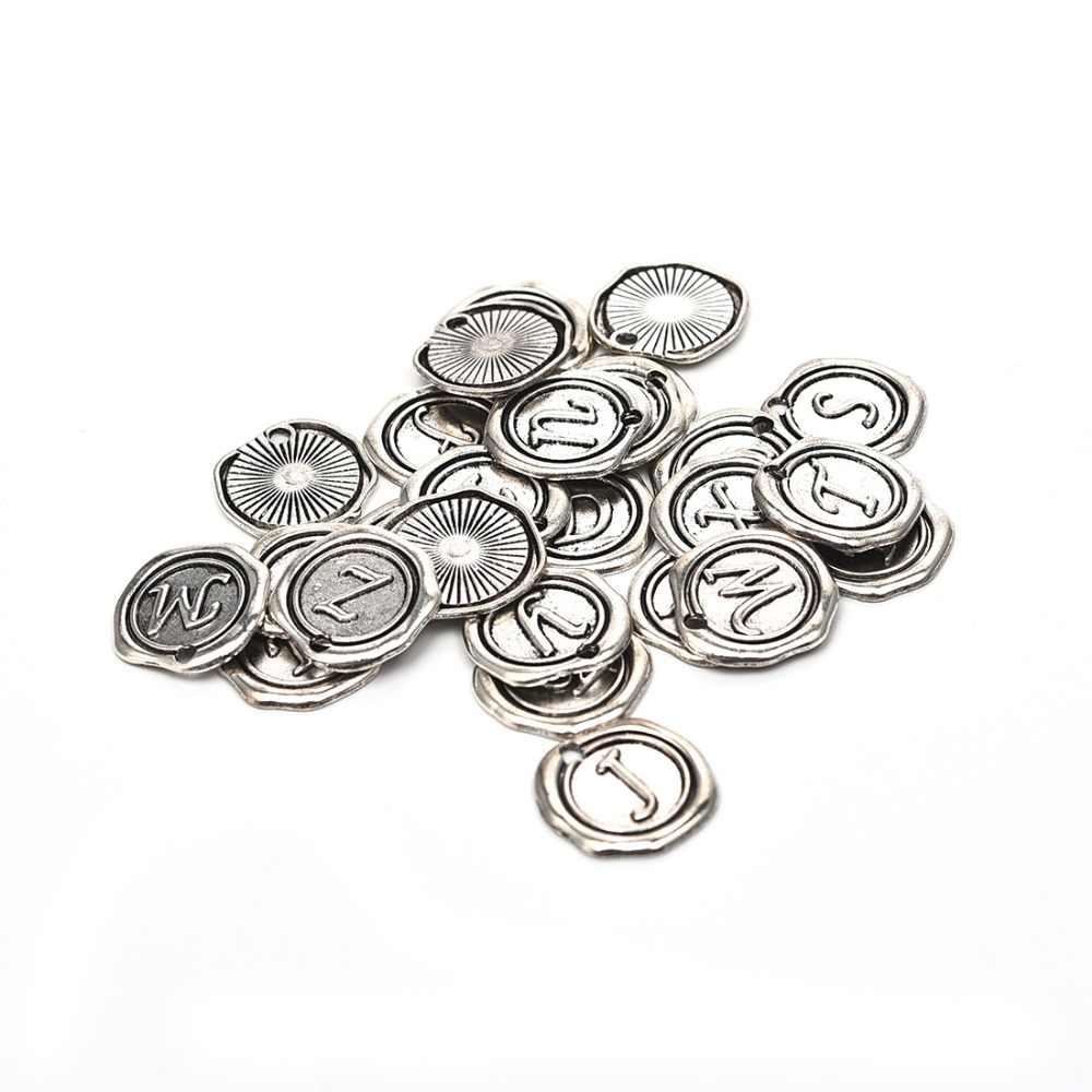 26 unids/bolsa de aleación de Zinc de alfabeto encantos carta A-Z Vintage colgantes agujero 2mm DIY accesorios de fabricación de la joyería