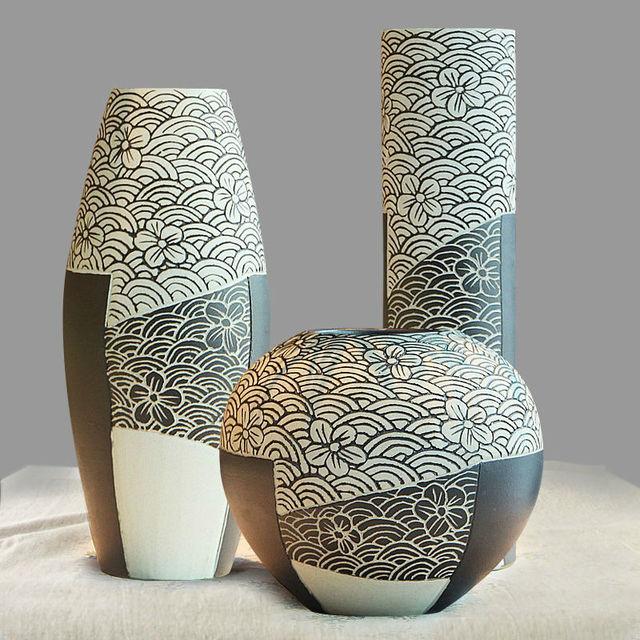 Ceramic Porcelain Tabletop Vase Collection Set 3 Pcs with Simple