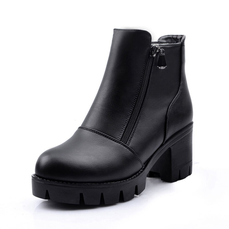 ФОТО Women Leather Boots Fashion Ankle Boots Female Round Head Thick With Side Zipper British Style Single Boots B2631