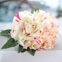 5ชิ้นหัว/ช่อกุหลาบประดิษฐ์ดอกไม้ผ้าไหมดอกไม้ดอกไม้ยางสัมผัสจริงแต่งงานช่อแรกพรรคตกแต่งต...