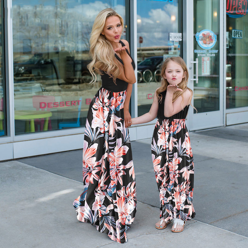 Mom And Daughter Sleeveless Dress Patckwork Floral Long Dress Mother Daughter Mommy Me Dresses Clothes Family Matching Outfits
