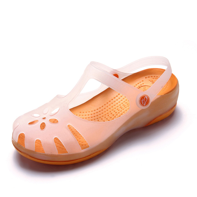 9fde42c4f39fdd Summer Women Mules Clogs Beach Breathable Slippers Woman s Sandals Jelly  Shoes Cute Discolor Garden Shoes Clog For Woman Girls