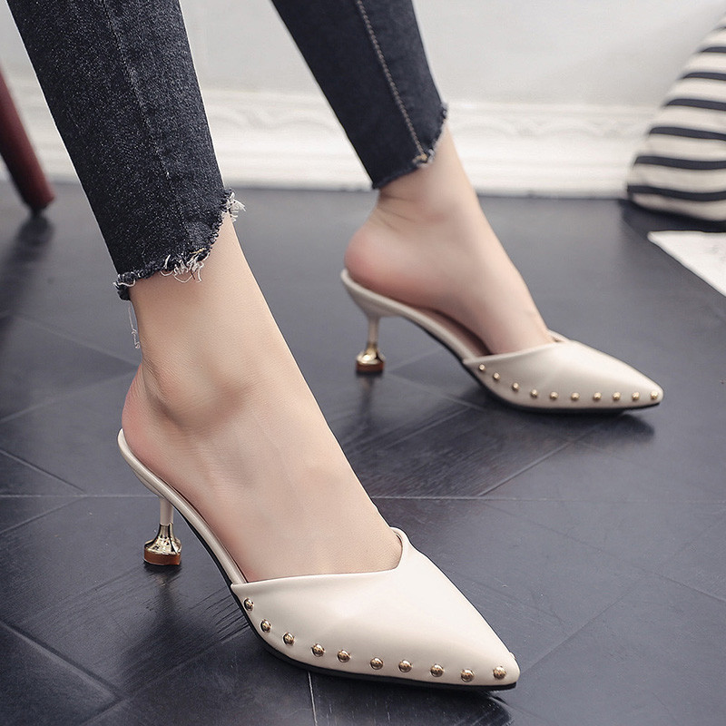 Candy-colored slippers 2019 summer new pointed rivets with high heels flip flops slippers Female sandals Sandalias femenina s084 1