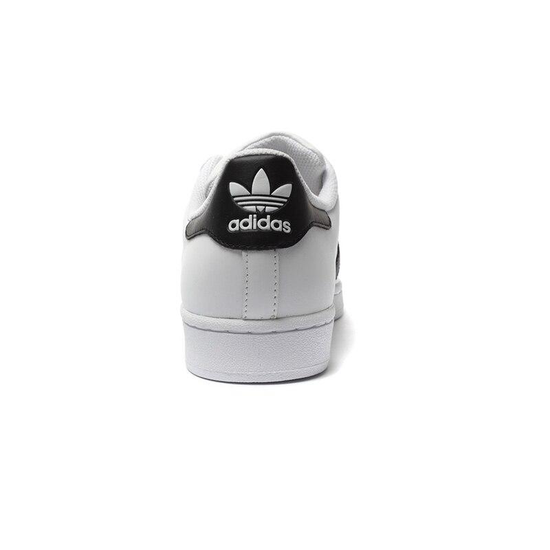 newest 24d4e bf2f5 Original auténtico Adidas Originals Superstar clásicos Unisex zapatos de  skate zapatos de las mujeres y los hombres zapatillas de deporte clásicos  Anti ...