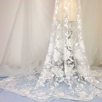 1 Yard Latest African Lace Fabric Exquisite Ladies Dress Thick Lace Stereo Embroidery Cloth White Fashion