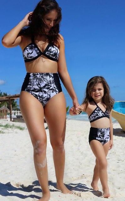 393 12 De Descuentoaliexpresscom Comprar Mujeres Bikini Sets Monokini Bañadores 2017 Muchachas Del Verano Mamá Popular Ropa A Juego Para