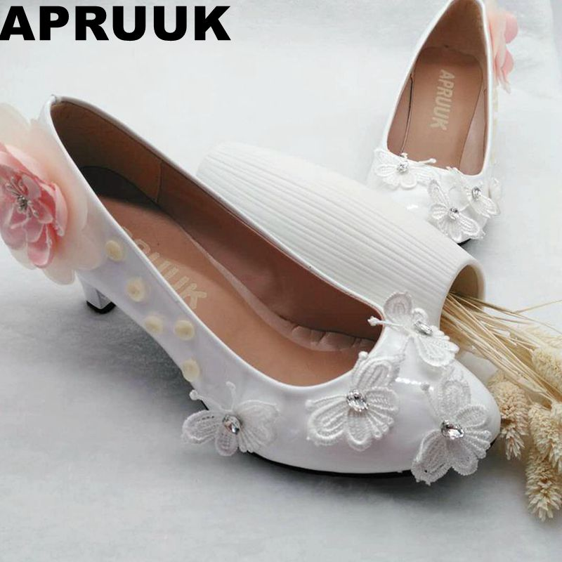 Pink Low Heel Wedding Shoes: Med Heel Flower Butterfly Elegant Wedding Shoes Bride