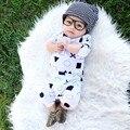 Nido Nueva Marca Mamelucos Del Bebé Mangas Largas de Algodón Suave Bebé Recién Nacido Ropa de Bebé de La Manera Pijamas Ropa Infantil