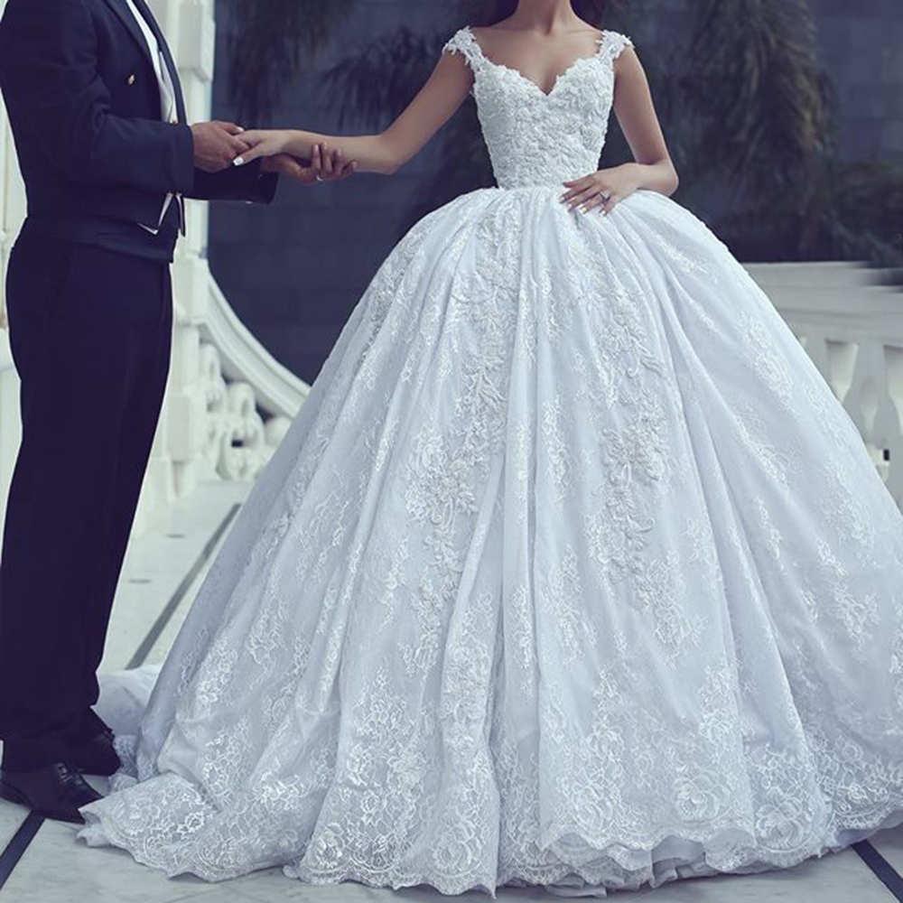 Luxury Princess Wedding Dress with Lace Appliques V Neck Sleeveless ...