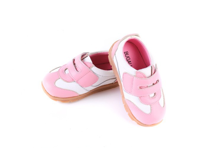 SandQ baby Boys sneakers soccers shoes girls sneakers Children leather shoes pink red black navy genuine leather flexible sole 36