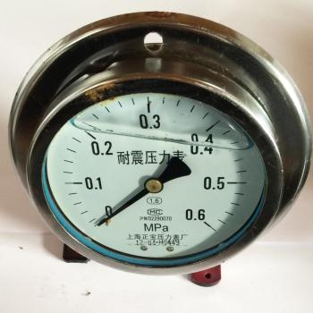 The axial vibration proof pressure gauge YN100ZT (0-0.6MPA) YN-100ZT with axial pressure gauge pressure gauge