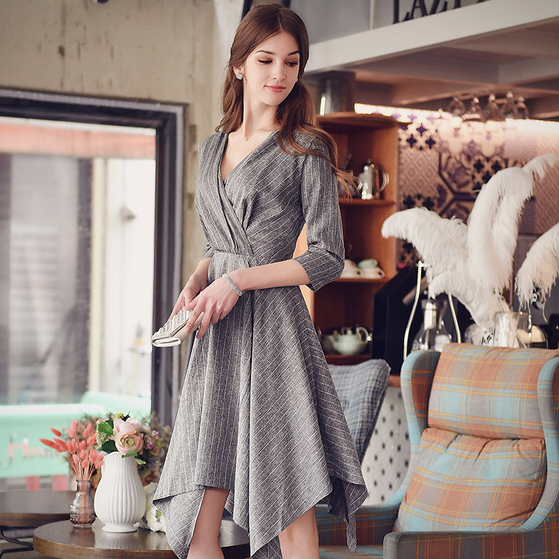 dress 2016 autumn winter ladies fashion slim waist casual asymmetrical long gray stripe dresses women wholesale 2016 autumn winter women s casual fashion not as long as before and after long section side seam zipper bags seven snowflakes