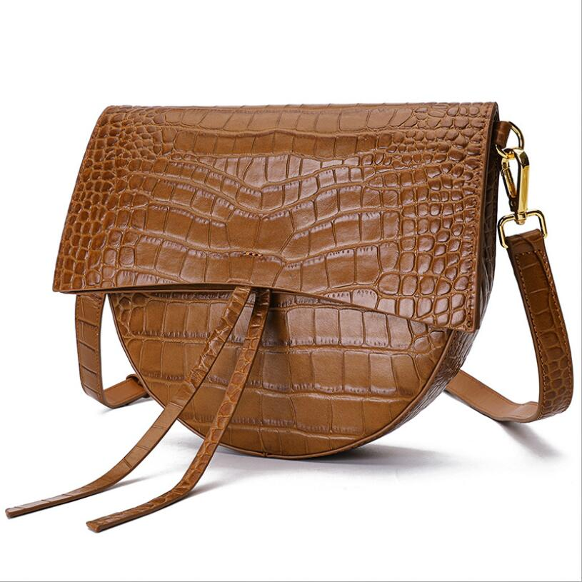 Fashion woman mall bag new crocodile pattern saddle bag top layer cow leather slung shoulder bag leather handbagFashion woman mall bag new crocodile pattern saddle bag top layer cow leather slung shoulder bag leather handbag