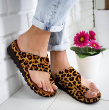 Fashion Leather Leopard Flats Wedges Slipper Open Toe Ankle Beach Shoes Roman Sandals Plus Size Summer Women Outdoor Slippers(China)