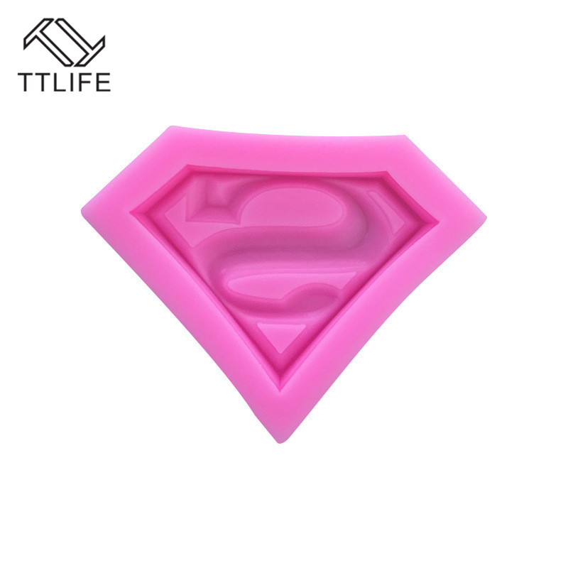 TTLIFE 3D Superman Silicone Molds Sugarcraft Fondant Cake Chocolate Kitchen Baking Moulds Sugarcraft Pastry Decorating Tools DIY in Cake Molds from Home Garden