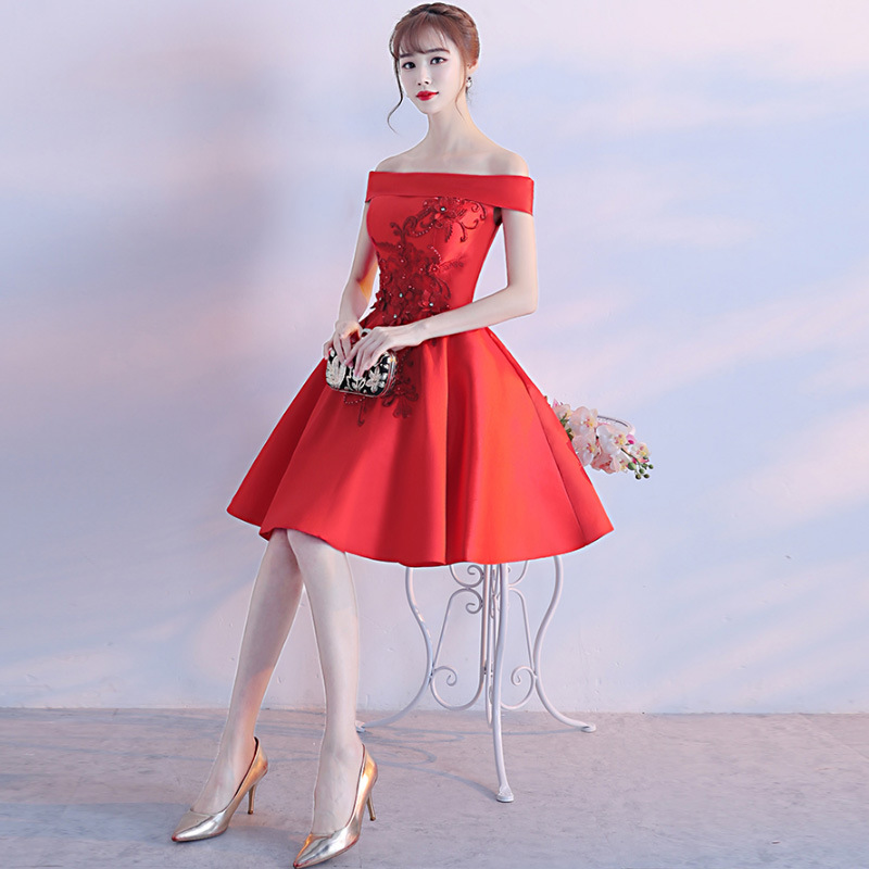 Robes Vêtements Vintage D'honneur D'été De Demoiselle Mini Floral L'épaule Douce Club Femmes Mariée Robe Élégant 2018 Automne Rouge Parti TBgqdwwn