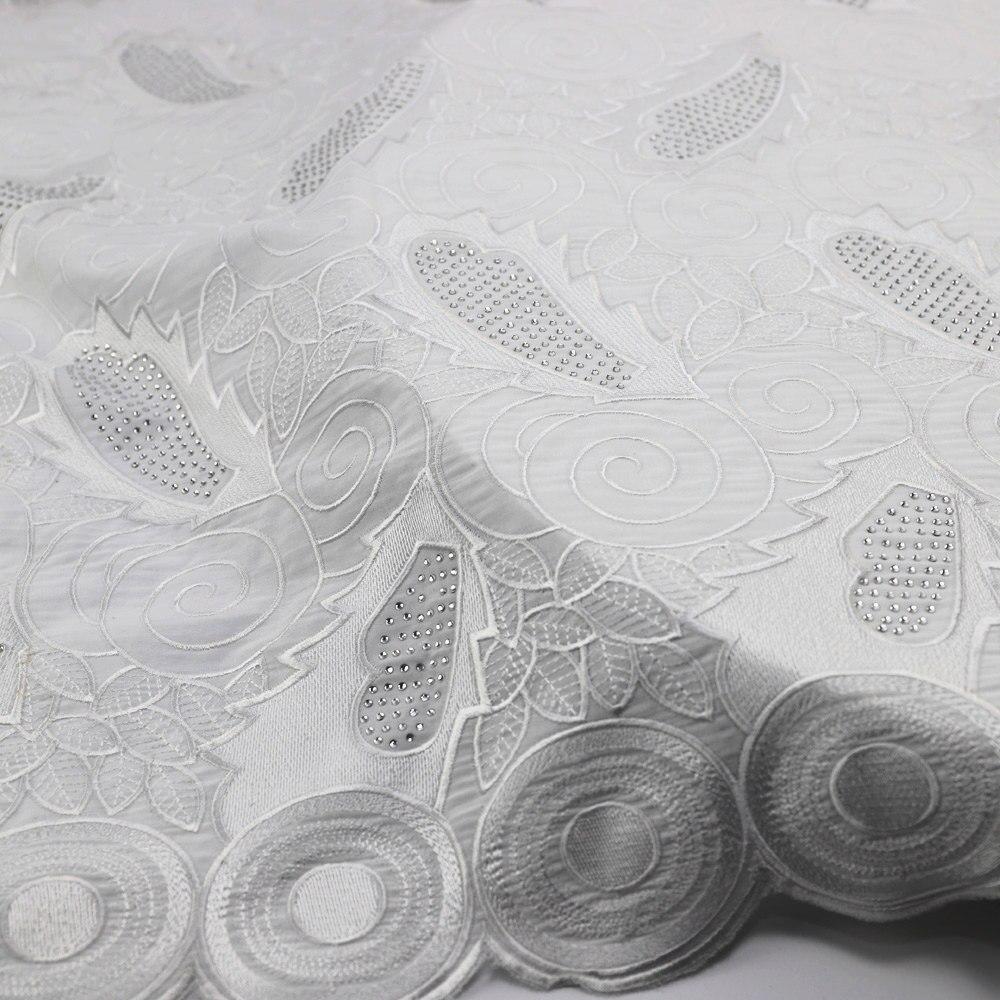 Encaje africano gasa suiza de alta calidad venta al por mayor 100% de gasa de algodón tejidos 054 blanco de gasa vestido de boda-in encaje from Hogar y Mascotas    3