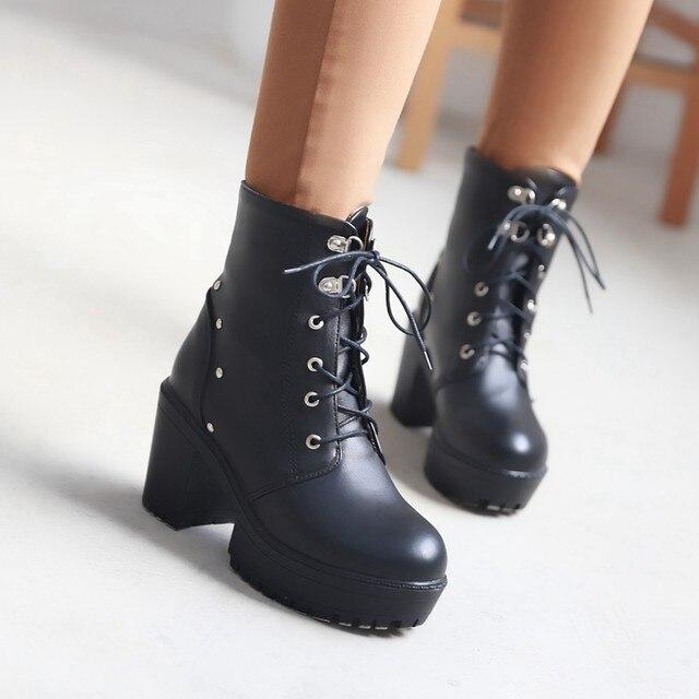порно сапоги высокие каблуки фото